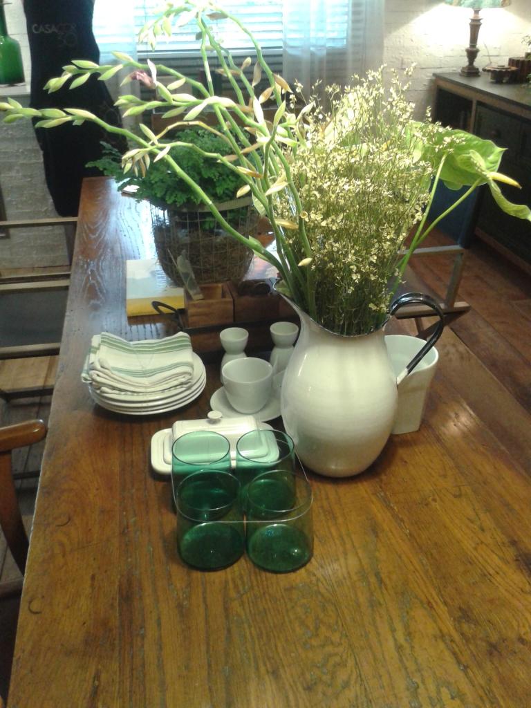 Vasos, centros, plantas e flores